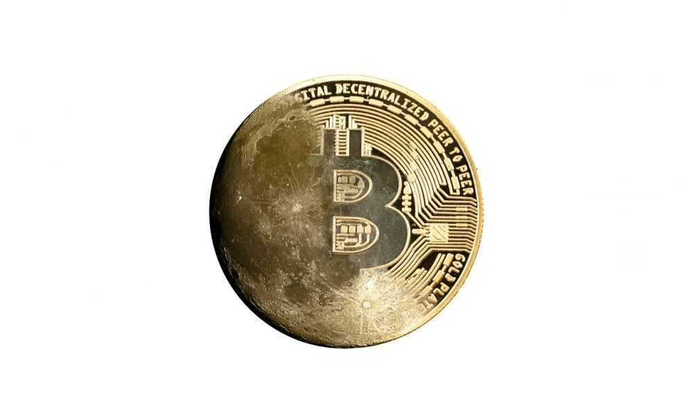 Nopelnīt bitcoin naudu,