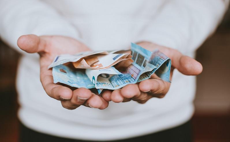 nauda papildus ienākumi