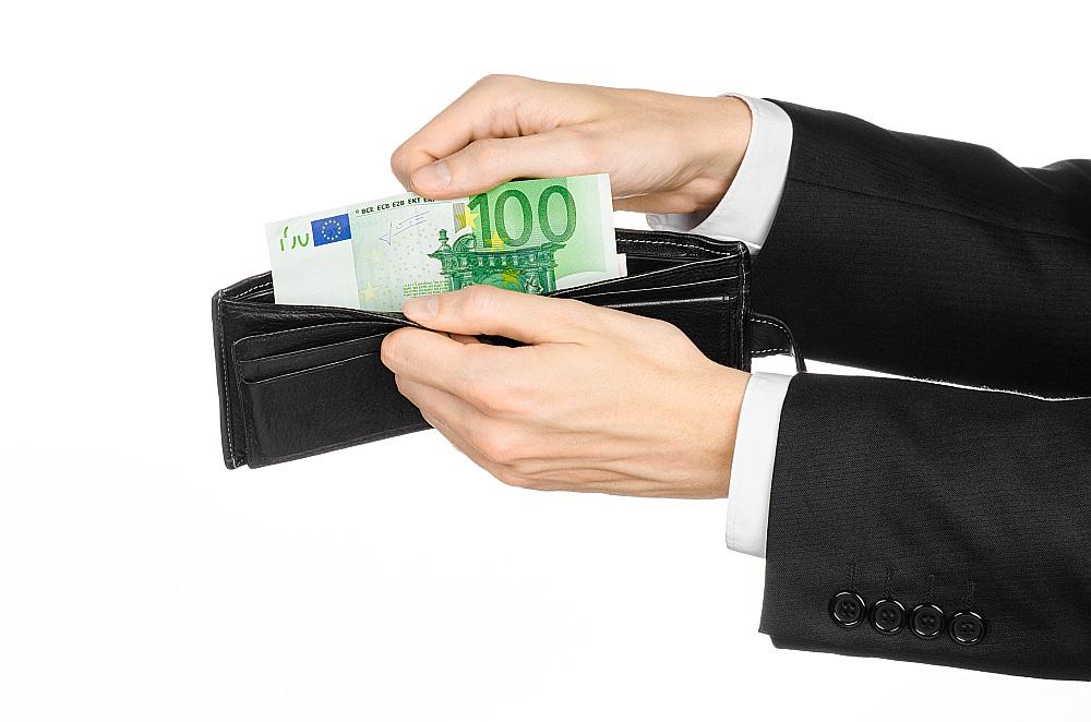 reālie ienākumi internetā ieņēmumi no teaseriem veiksmīgi tirgotāji, kuri ir nopelnījuši opciju tirdzniecību