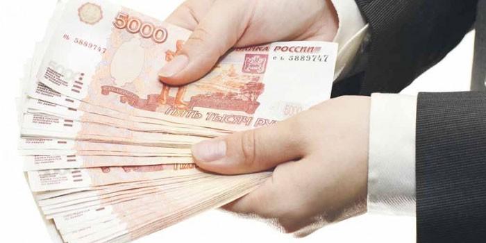 Korejieši pelna naudu no pārtikas video