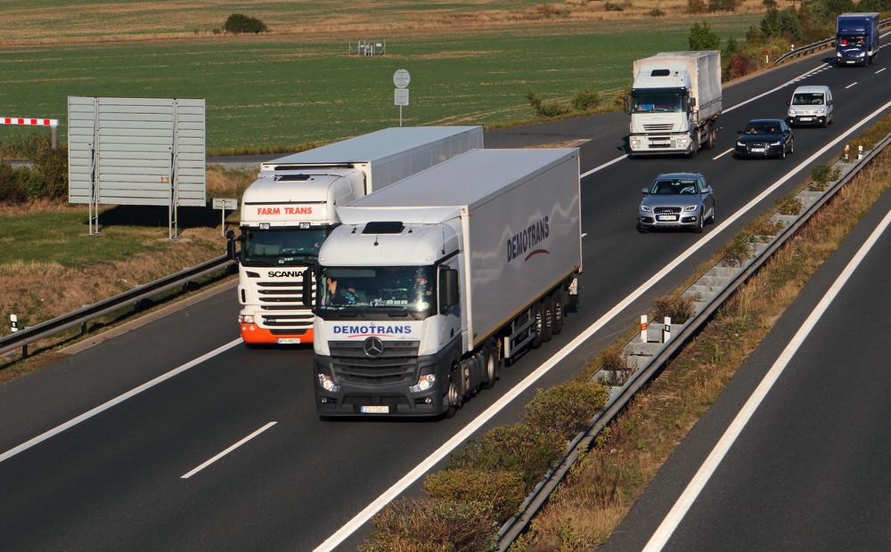 Kā es sāku pārvadājumu biznesu. Kur un kā atvērt transporta uzņēmumu? Plusi un mīnusi