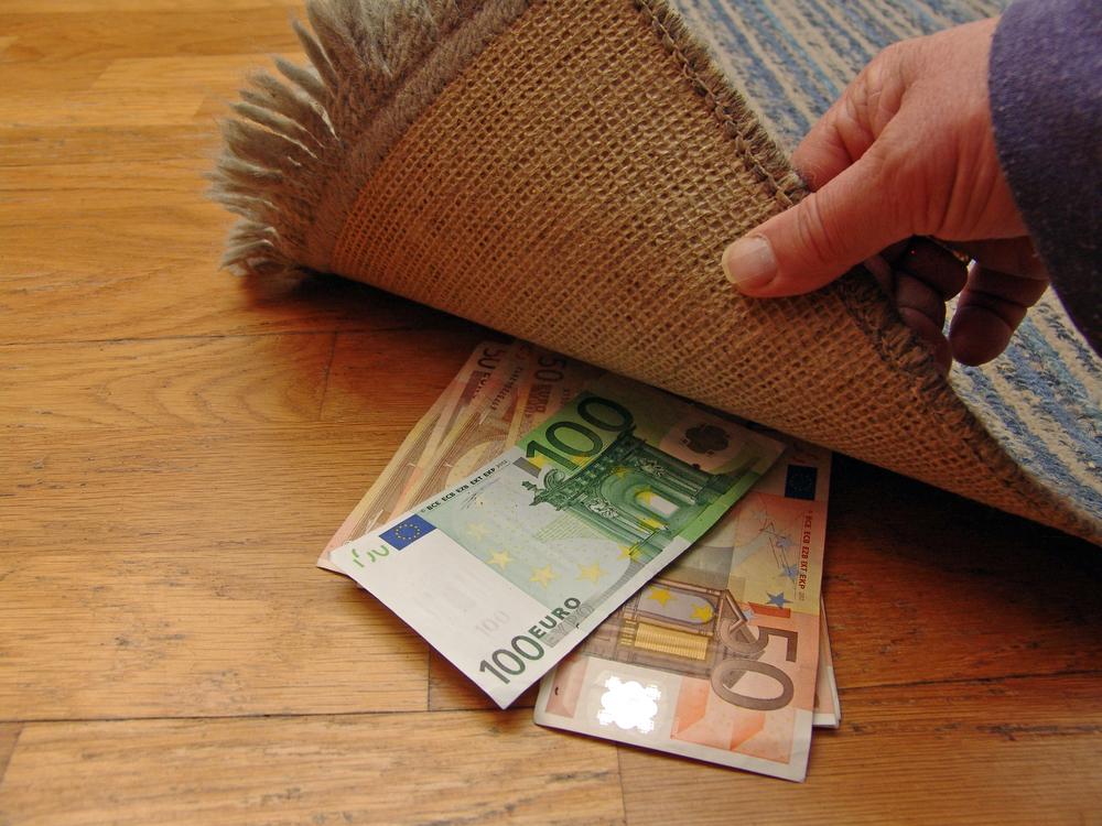 nestandarta naudas pelnīšanas veids