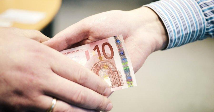 banco kapitāla binārās iespējas atkritumu tvertnes iespējas uz minūti