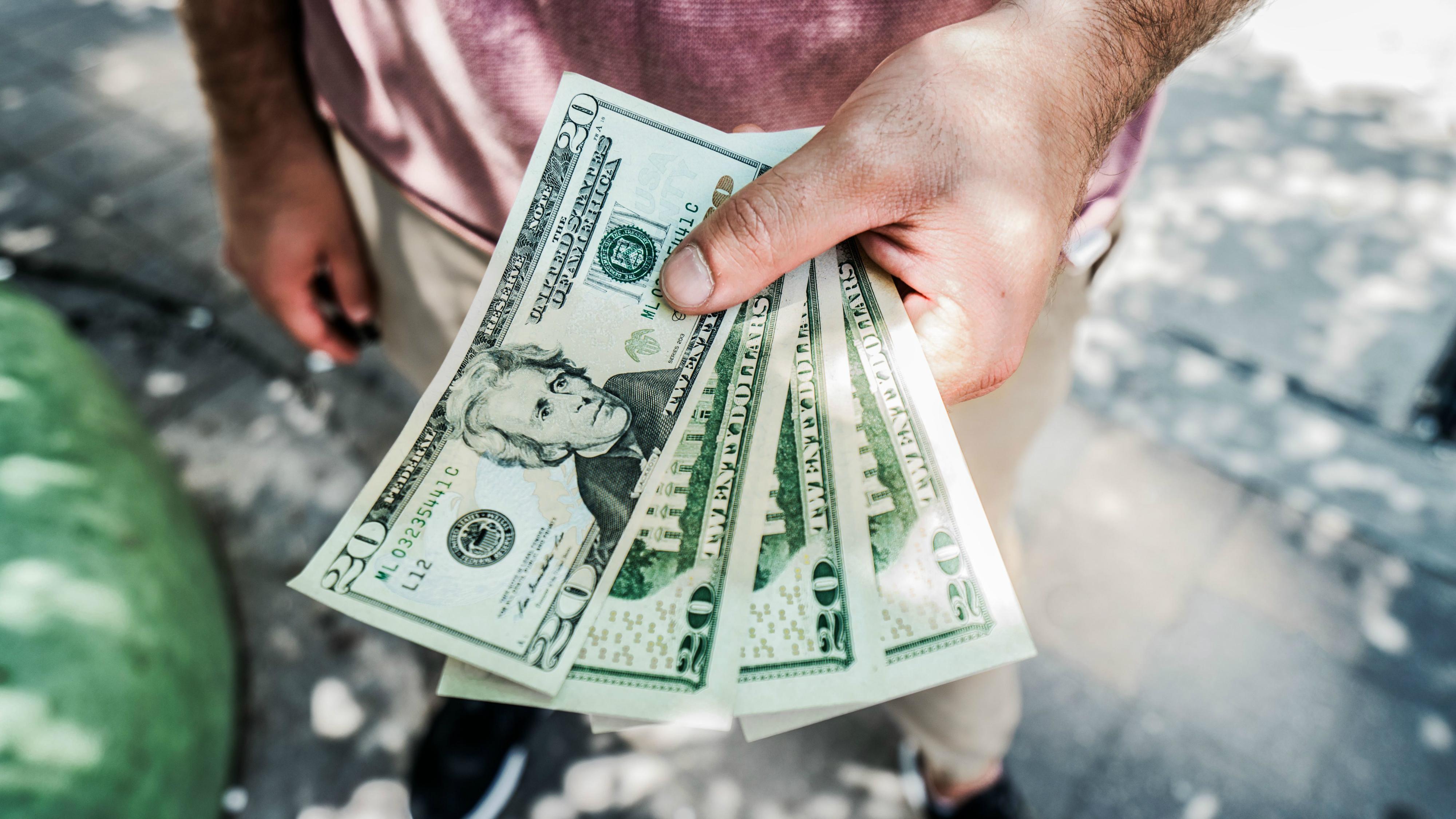 vajag naudu šodien, lai nopelnītu